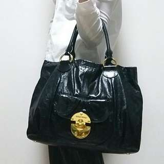 Auth and 90%new Miu miu tote bag 有單