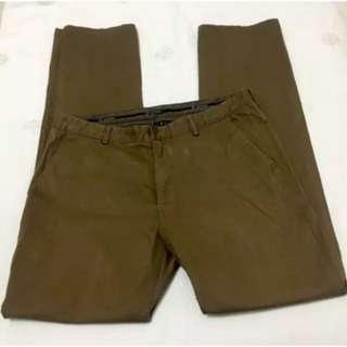 Mens TRENT NATHAN Camel Brown Pants. Size 34.