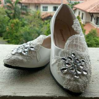 White Bridal Shoes Flat With Lace Pearls Rhinestonea