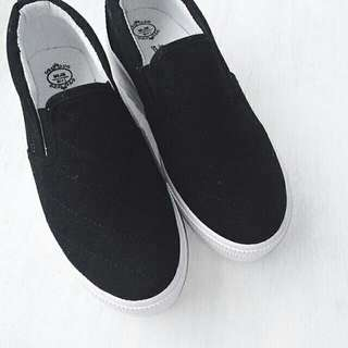 [NEW] Stylenanda Inspired Black Super Platform Slip On