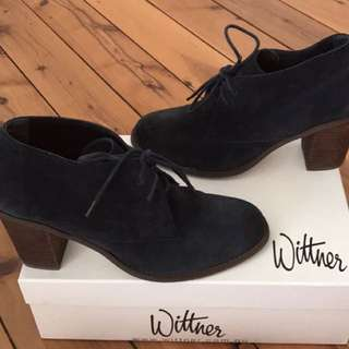 Wittner blue suede ankle boots size 39