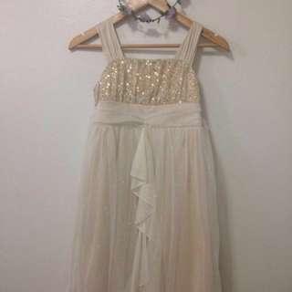 Gown dress sparkles