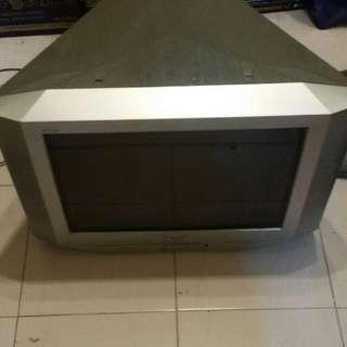 TV Sony lama