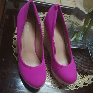 ✔✔✔SALE✔✔✔Zalora Pink Wedge Shoes