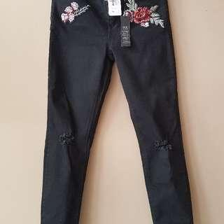 BN Black Jean Short With Flower Design