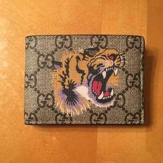 Gucci TIGER Wallet - Below retail