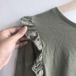 Zara cotton frilly shoulder top