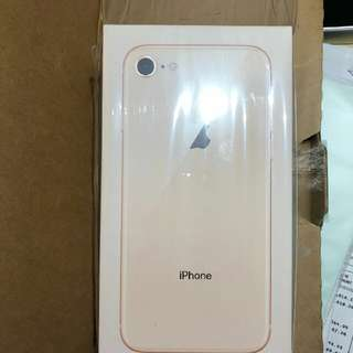 I phone 8 (新機有單據)