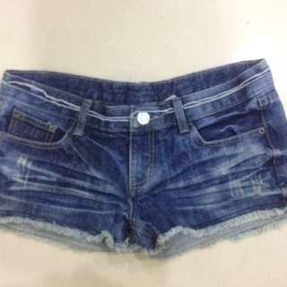 🌺(二手)深藍色牛仔短褲 辣妹褲 藍色亮片 暈染