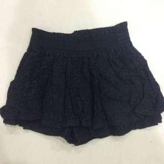 🌺(全新)黑色簍空褲裙 彈性腰圍