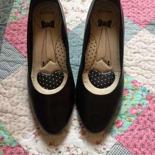 9.5成新戴安娜黑色制鞋.高跟鞋