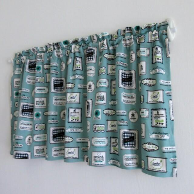 【壹柒柒巷】短簾 106丈青底廣告看板 穿桿式 掛簾 遮物簾 隔間簾 《可客製》