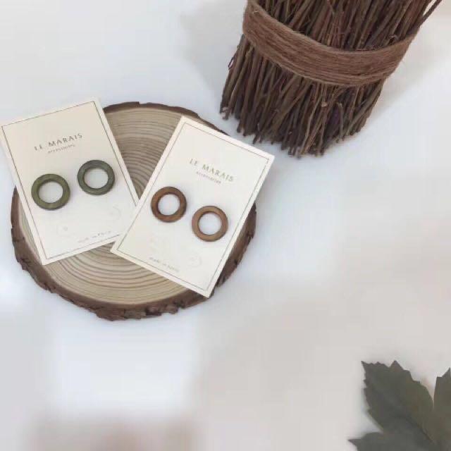 正韓木紋圈圈耳環