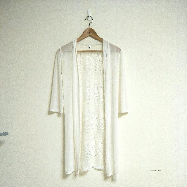 美麗的孔雀紋蕾絲外罩衫