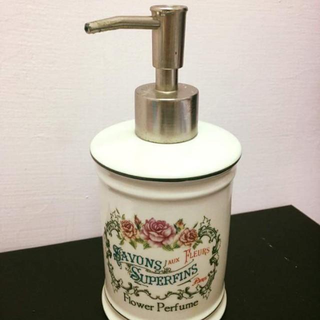 法國洗手乳壓瓶
