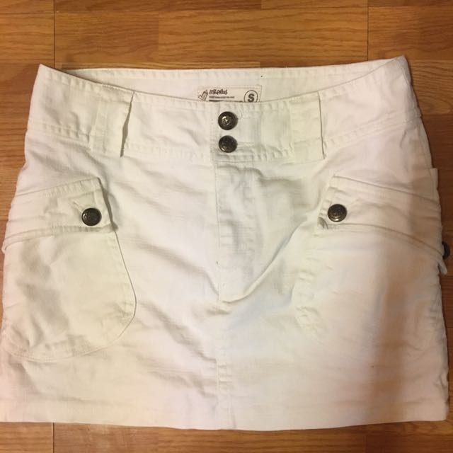 白色短裙 造型口袋