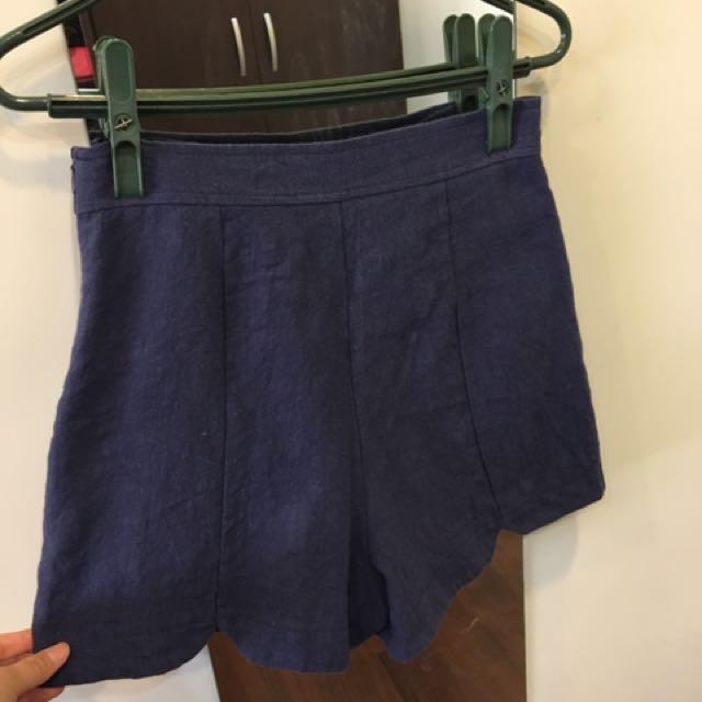 短褲 硬挺材質