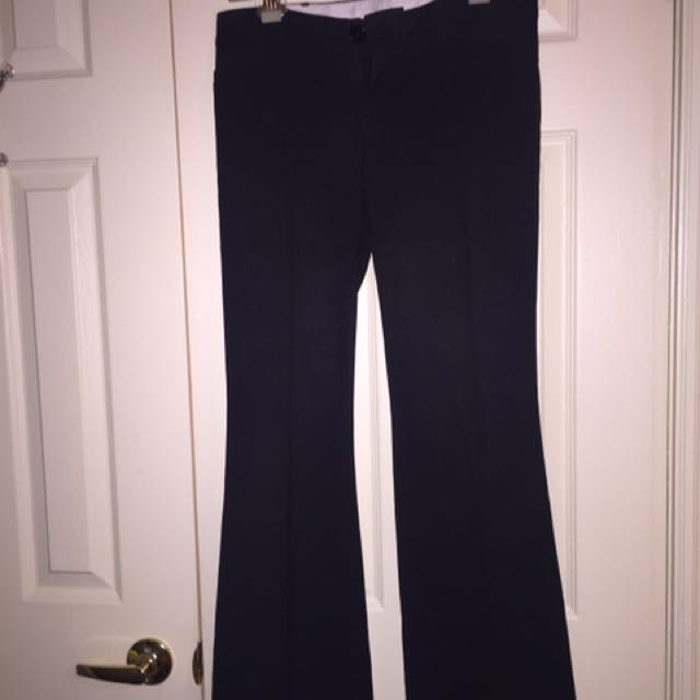 Aritzia - Talula pin stripe dress pants size 4