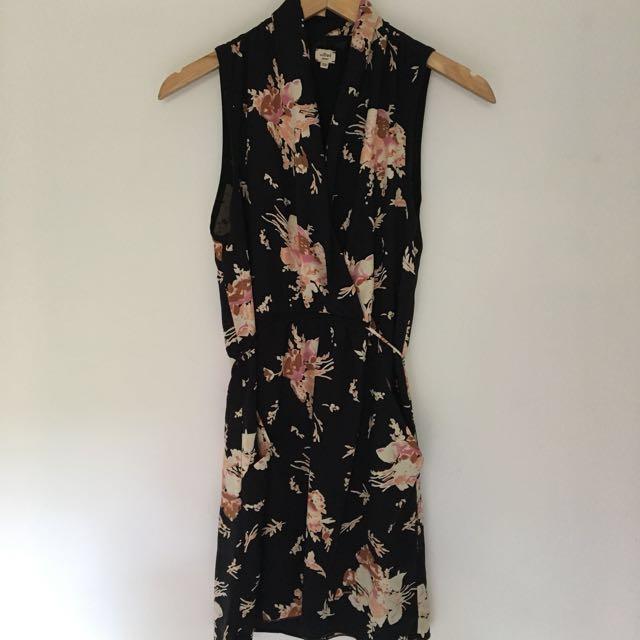 Aritzia Wilfred Sabine Dress - Black Floral