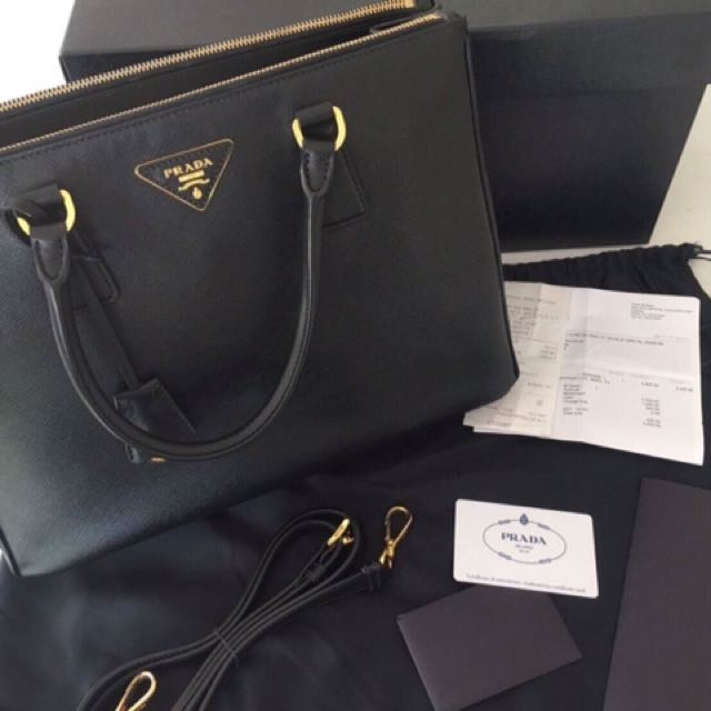 Authentic Prada Black Saffiano Lux Leather Tote Bag BN2274