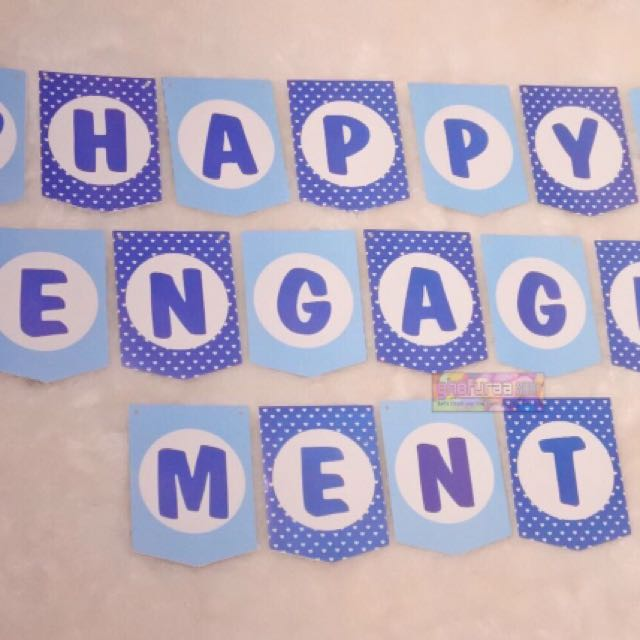 Banner - Bunting flag Happy engagement biru