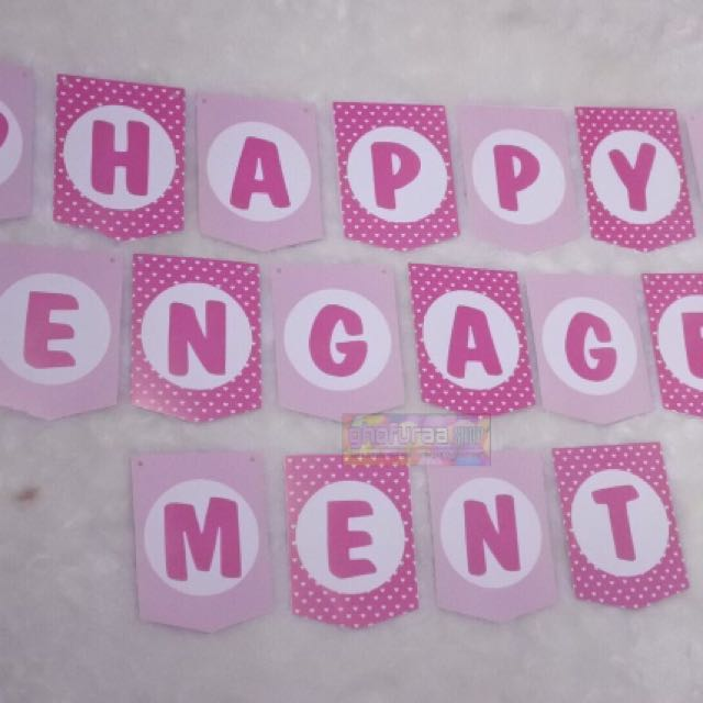 Banner - Bunting Flag Happy Engagement Pink