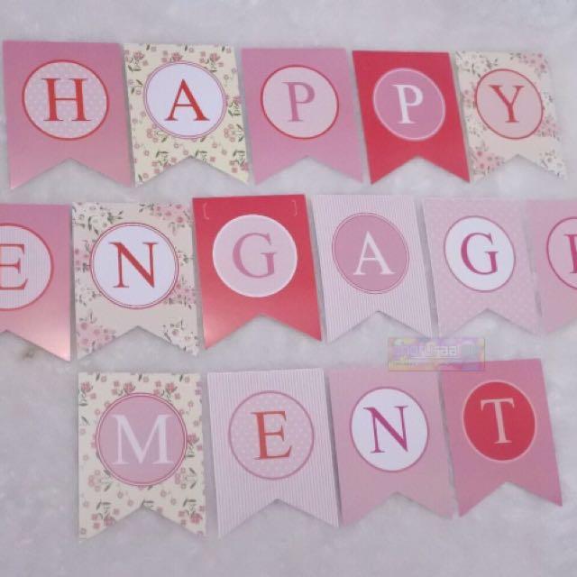 Banner - Bunting flag Happy engagement Pink merah putih motif bunga