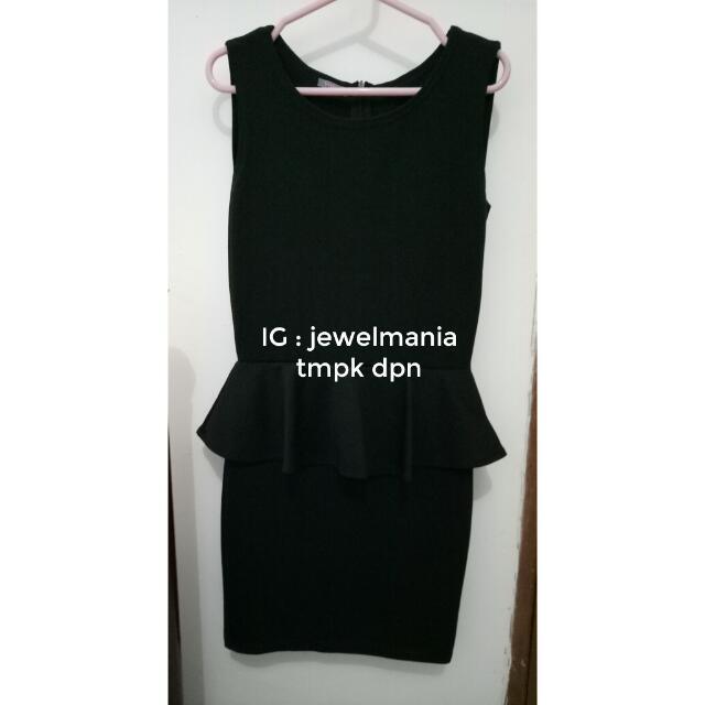 BLACK DRESS PEPLUM