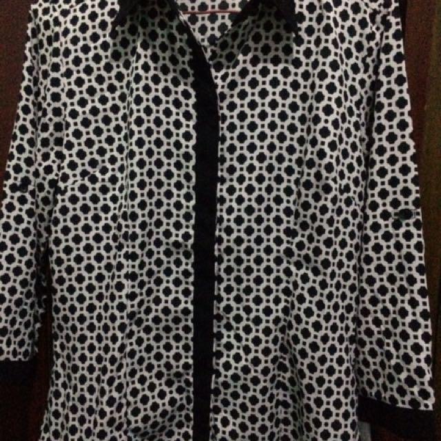 Black n white blouse