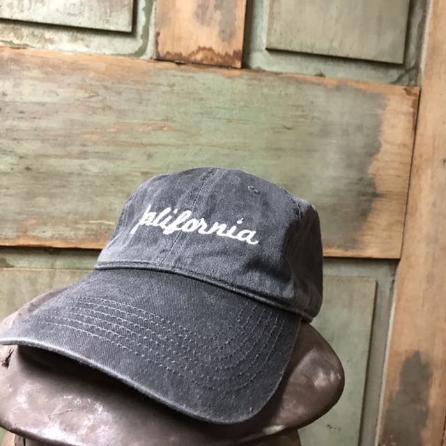 Brandy Melville grey hat