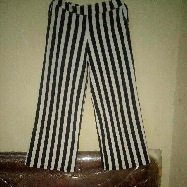 Celana Kulot Stripe