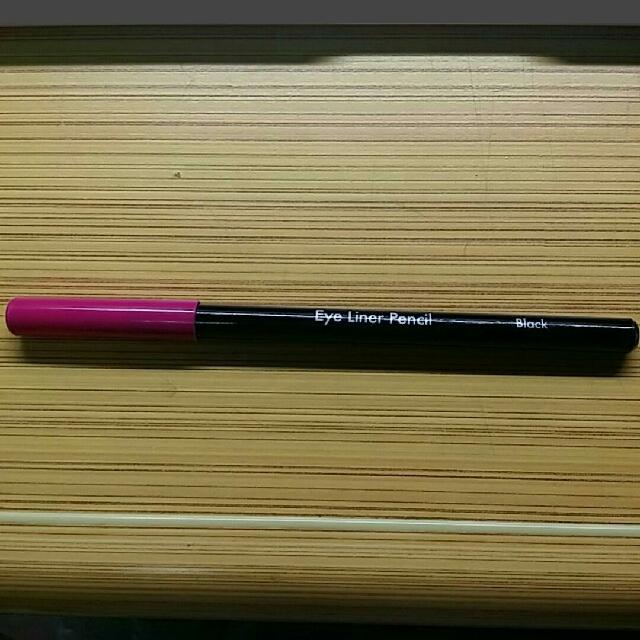 大創eye line pencil
