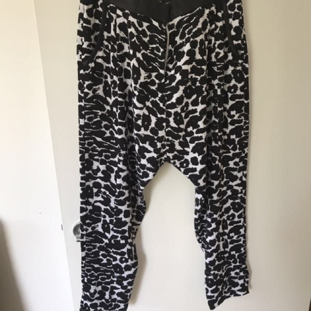 Finders Keepers drop crutch pant