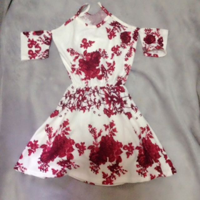 floral off shoulder dress fits up to 3-5yrs old