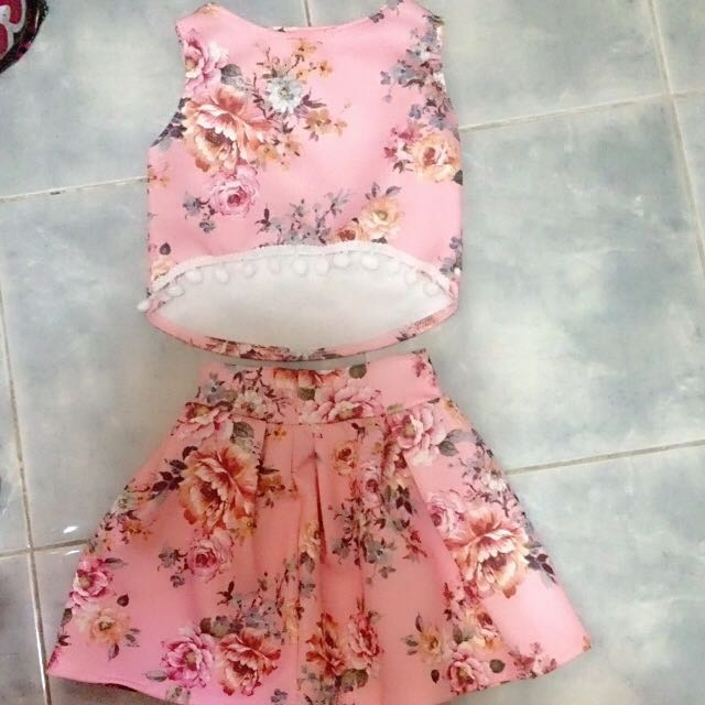 floral terno fits to 2-3 yrs old