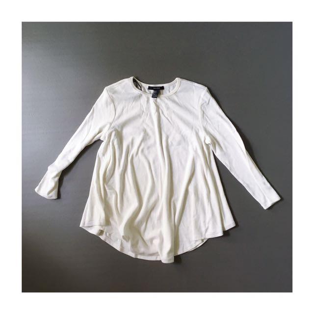 FOREVER21 白色針織傘狀上衣