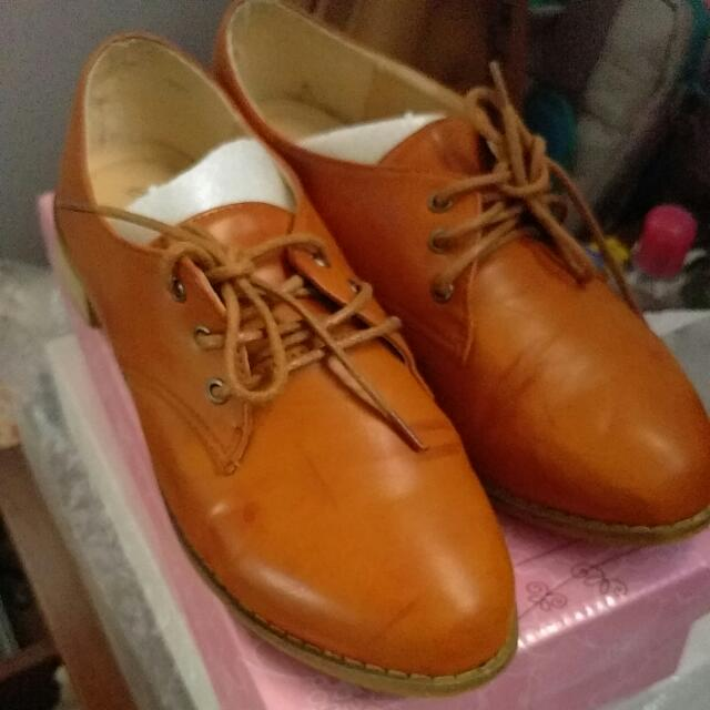 FREE Shipping Camel Oxford Size 41 (25 Cm)