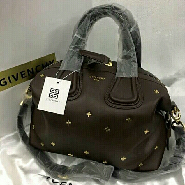 a0dd992eca36 SALE - Givenchy Nightingale Handbag with Sling