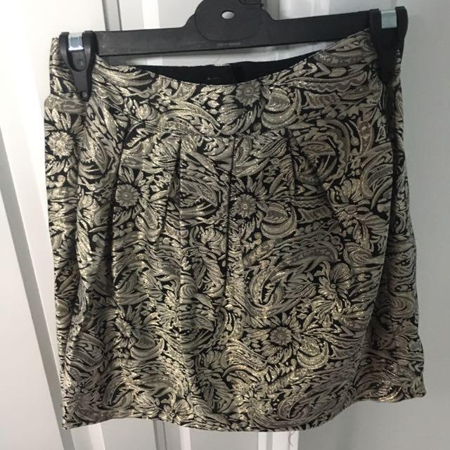 Gold Jacquard Skirt size 6