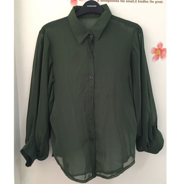 Green butterly sleeves