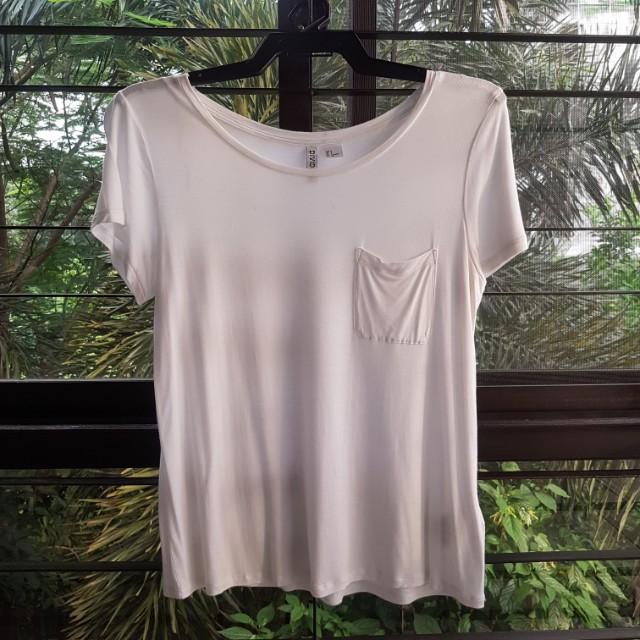 H&M Divided Basic White Shirt w/ Pocket