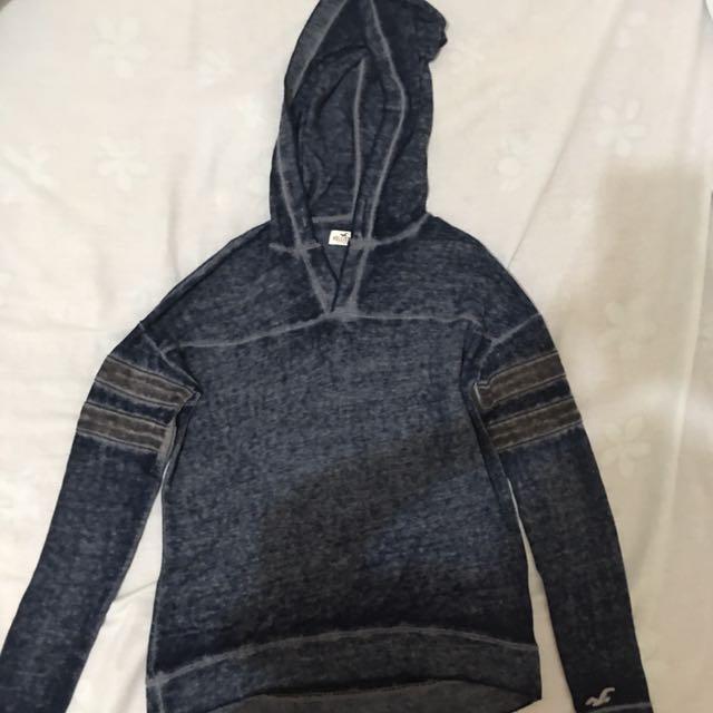 Hollis tee sweater with hood
