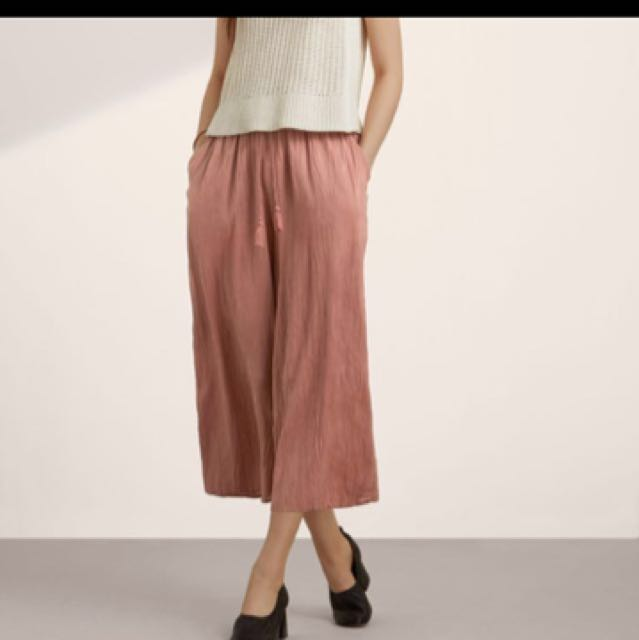I want to buy: aritzia Wilfred nanterre pants