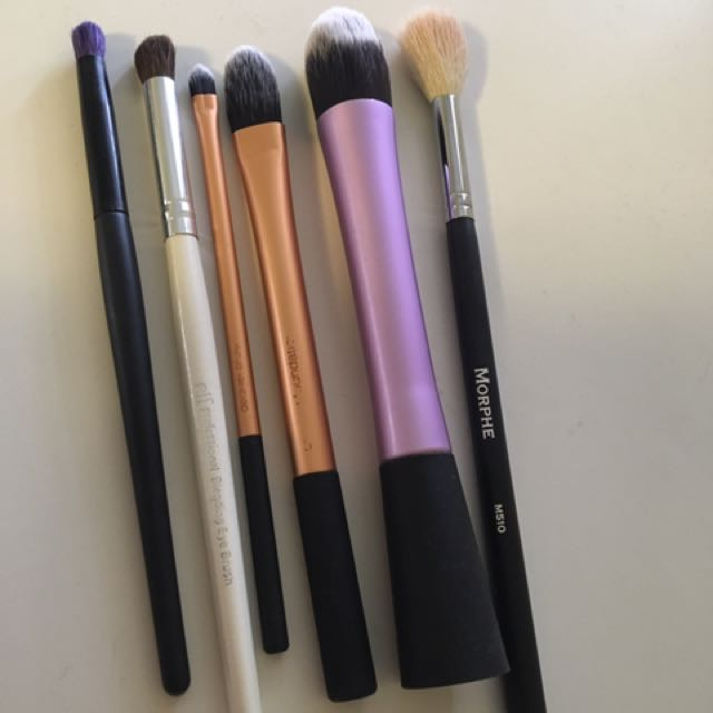 Makeup brushes from morphe, real techniques, ..