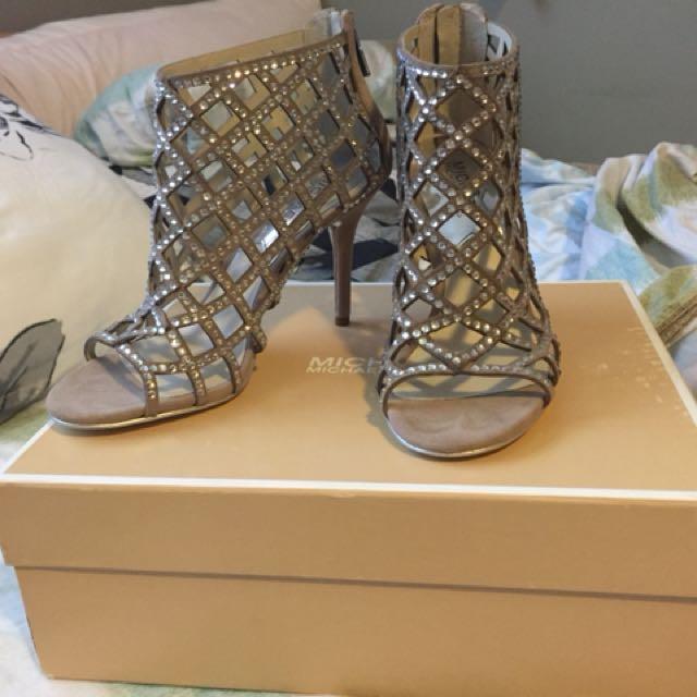 Michael Kors high heels 👠