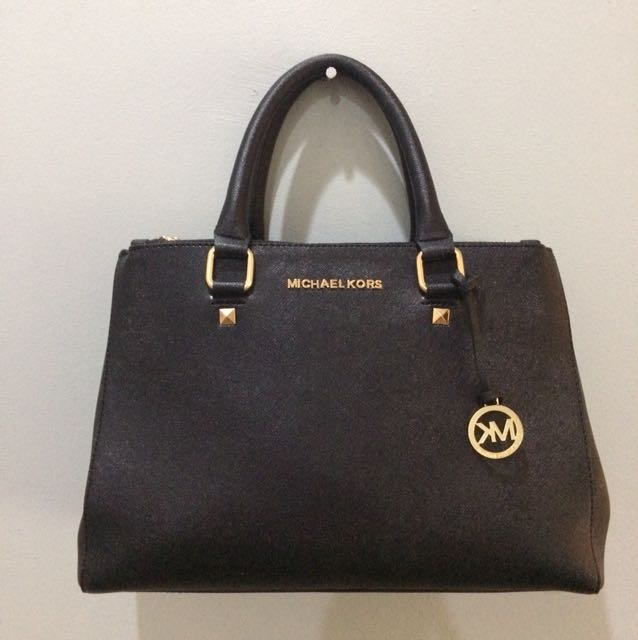 MK Handbag (mirror)