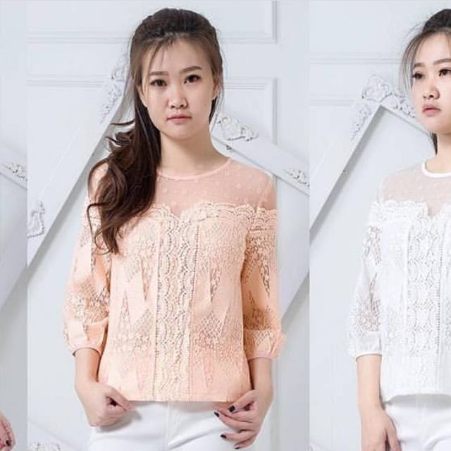 Mosco Lace Peach Top