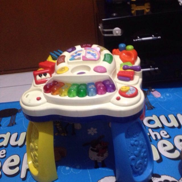 Musical turn table for kids
