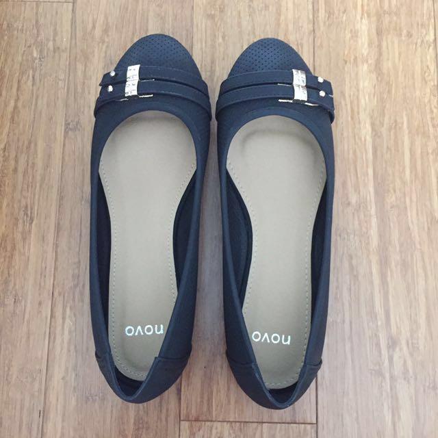 Novo Ballet Flats (size 8)
