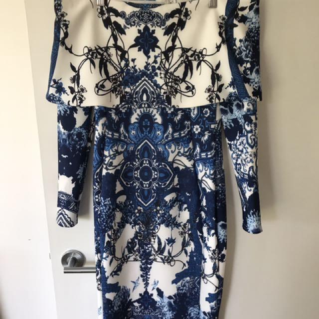 Pattern long sleeve off the shoulder dress